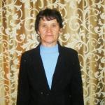 Petrova-L.A.-vedushhij-bibliotekar-Verhnetyhtemskoj-biblioteki