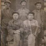 слева направо 1-Ахияров Наби, 2-Исламов Ситдикьян, 3- Хазиуллин Гафур, 4- Гимакаев Рахимьян,5- Нуртдинов Х